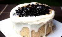 【两店通用,售完即止】必买爆款!大温顶级蛋糕品牌-SnowBear Bakery【网红爆浆珍珠奶茶蛋糕/爆浆牛乳蛋糕(2选1) 】原价:$56,优品价:$29.98(含税)!美味的浆汁如火山熔岩般流下,细腻的奶油搭配Q弹的珍珠,仿佛是珍珠在奶油上律动!